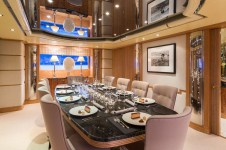 luxury super yacht QM OF LONDON
